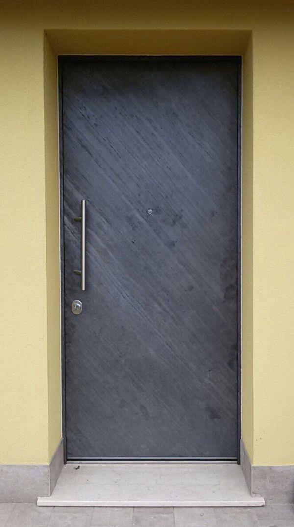 img-2448-porta-blindata1FCE467C-DBF4-CF3C-C701-2B0CA9C8B5EA.jpg